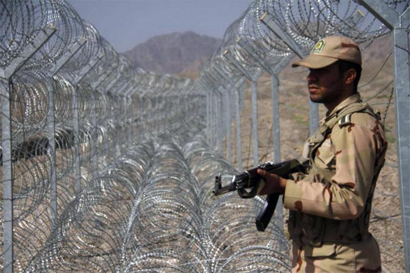 دو پلیس نیروی انتظامی در درگیریهای مرزی در غرب کشور کشته شدند